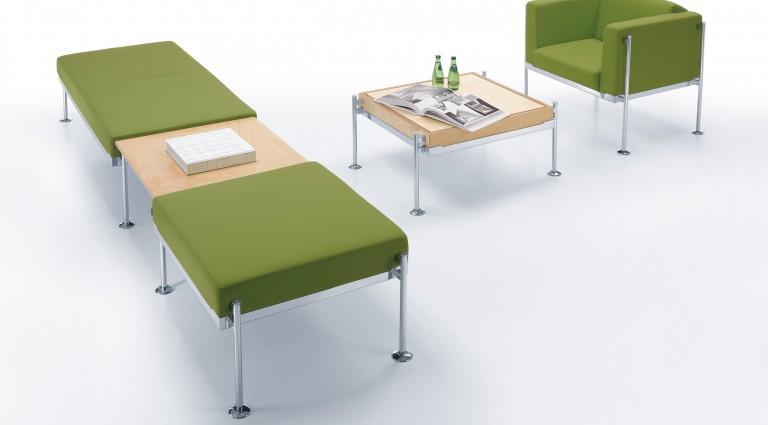 Zestaw siedzisk ze stolikiem kawowym