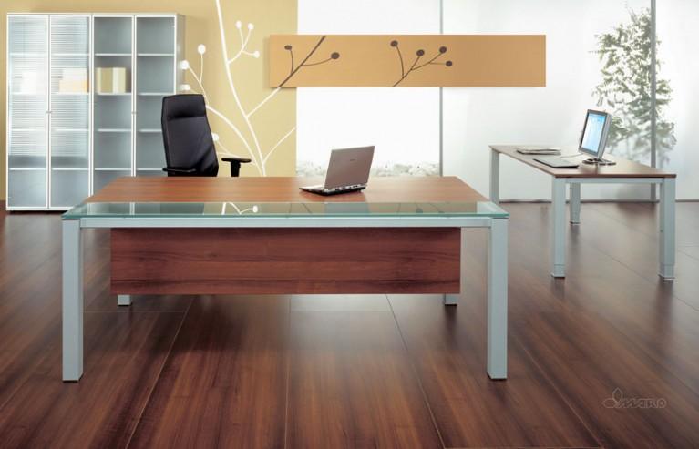 Biurko gabinetowe MARO GRAF oraz witryny gabinetowe
