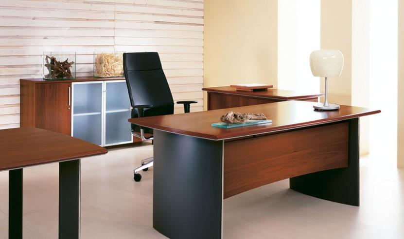 Meble gabinetowe Wing zestaw gabinetowy biurko, przystawka, komoda